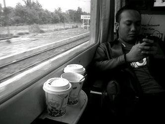 Dawuan, Jarwo Sibuk Ngeblog