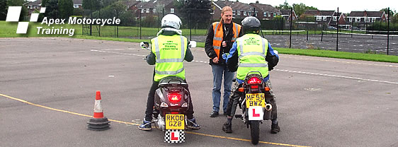 foto: apex motorcycle training, UK.