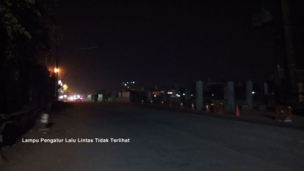 Lokasi: Menjelang Persimpangan Transito, Kalimalang.