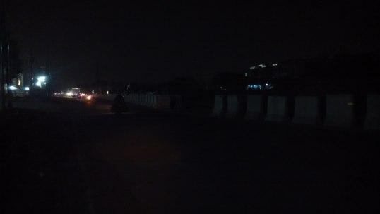 Ketika tidak ada kendaraan yang lewat sama sekali. Kayak di jalur Pantura. :)